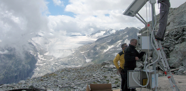 Glaciological_research_620x305_slide